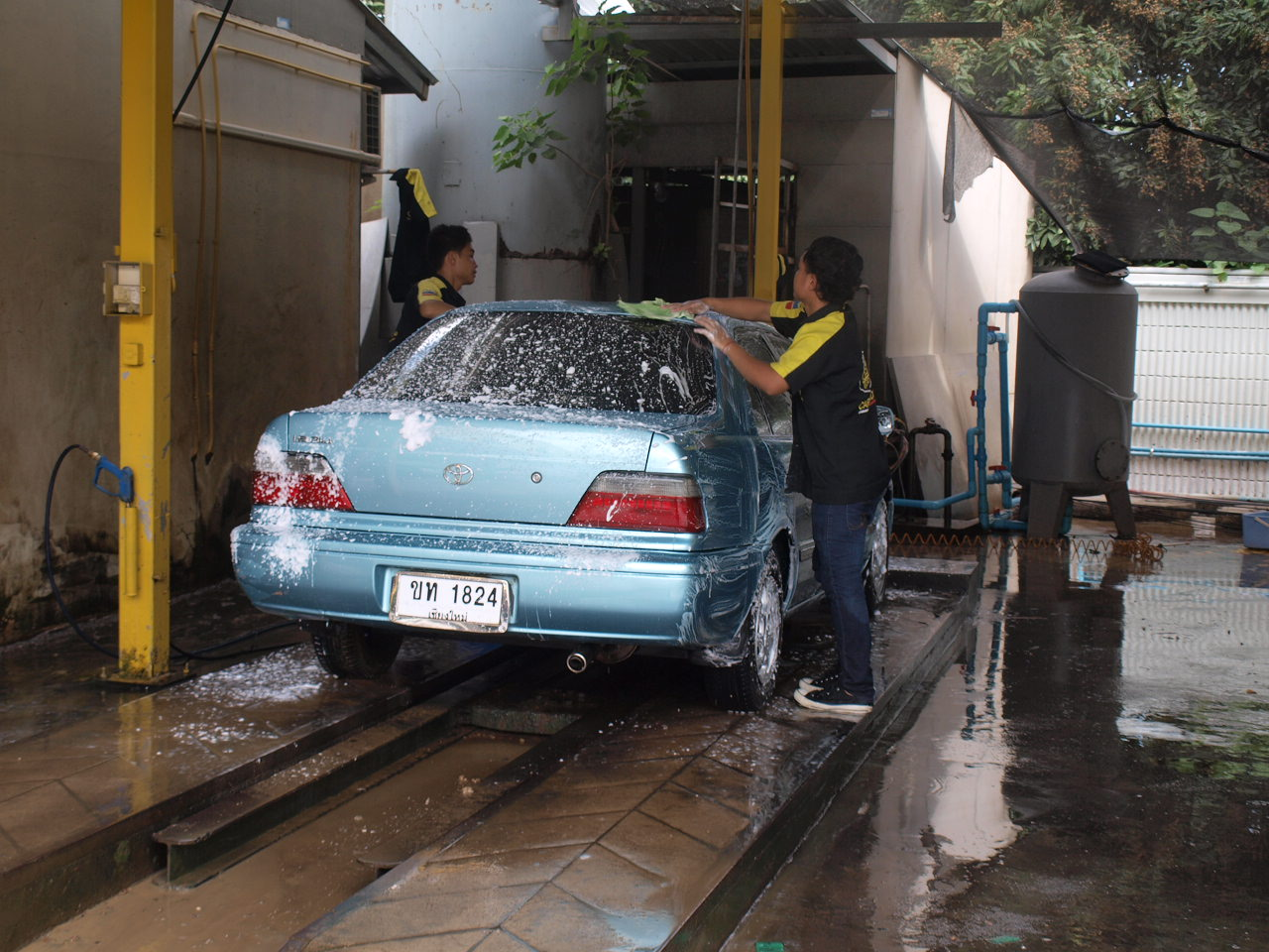 Car wash so cheap wandering wombats soap wash solutioingenieria Image collections
