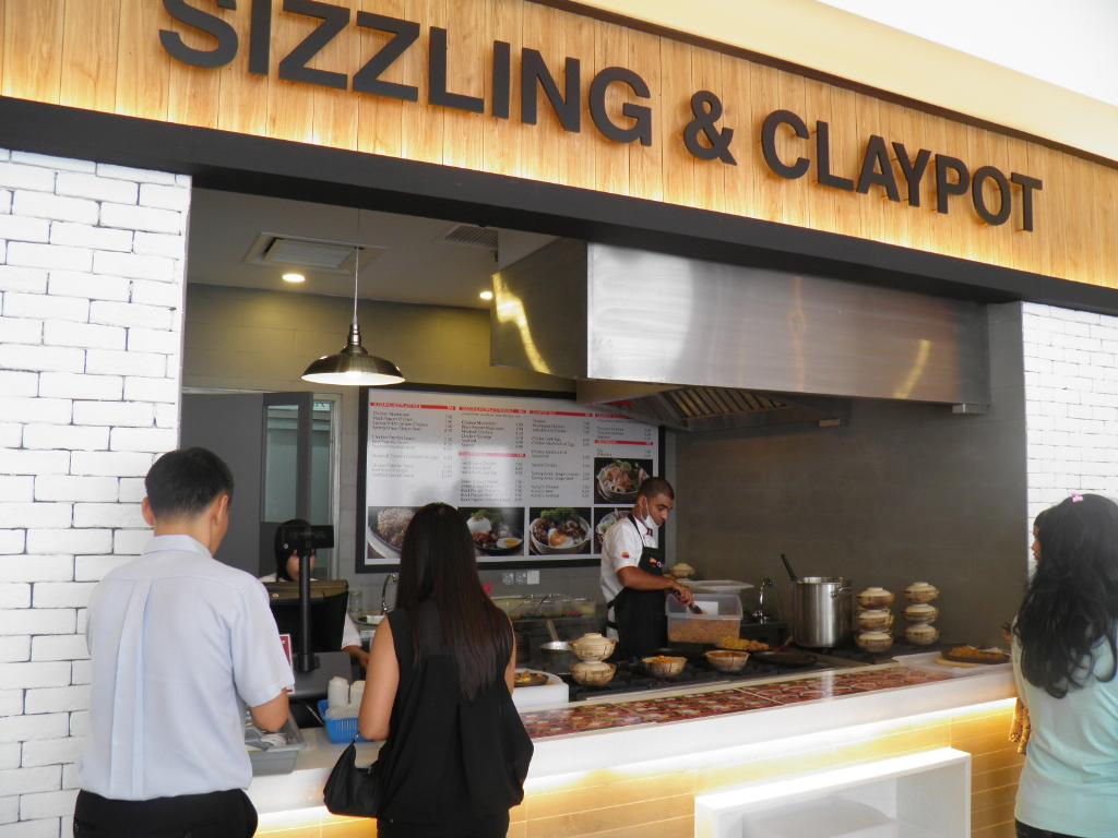 Clay pot & sizzling plate kitchen | Wandering Wombats